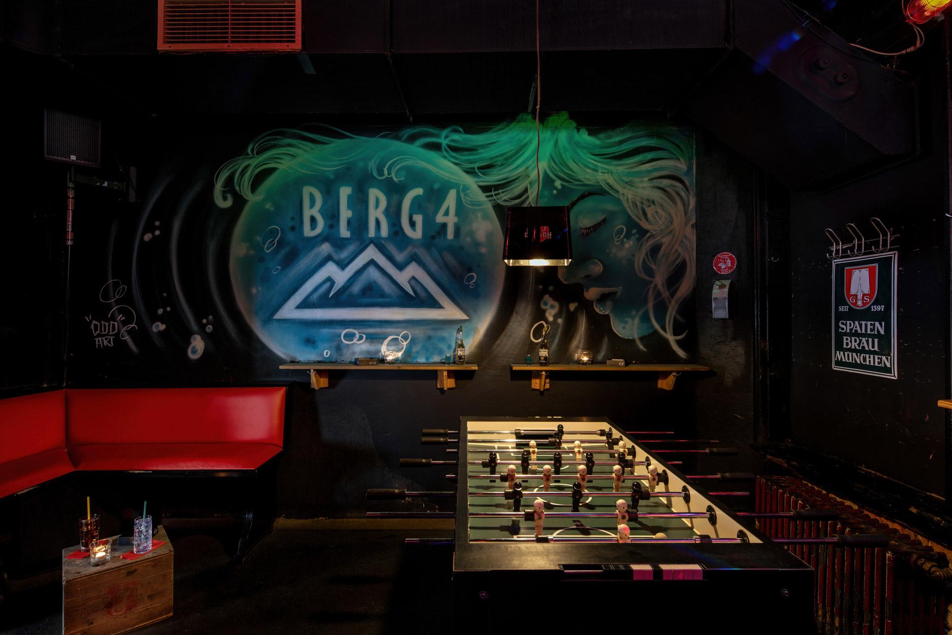 berg4-bar-stpauli-hamburg-kicker-2067